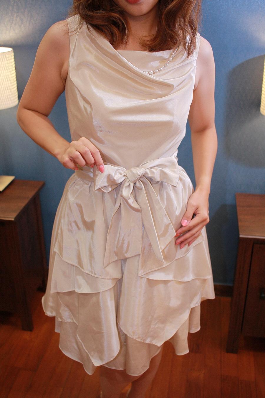 スカート部は重ね着になっており、着脱自在となっております♪♪